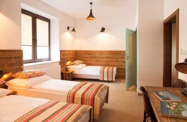 Hotel-montis-pokoj-trzyosobowy